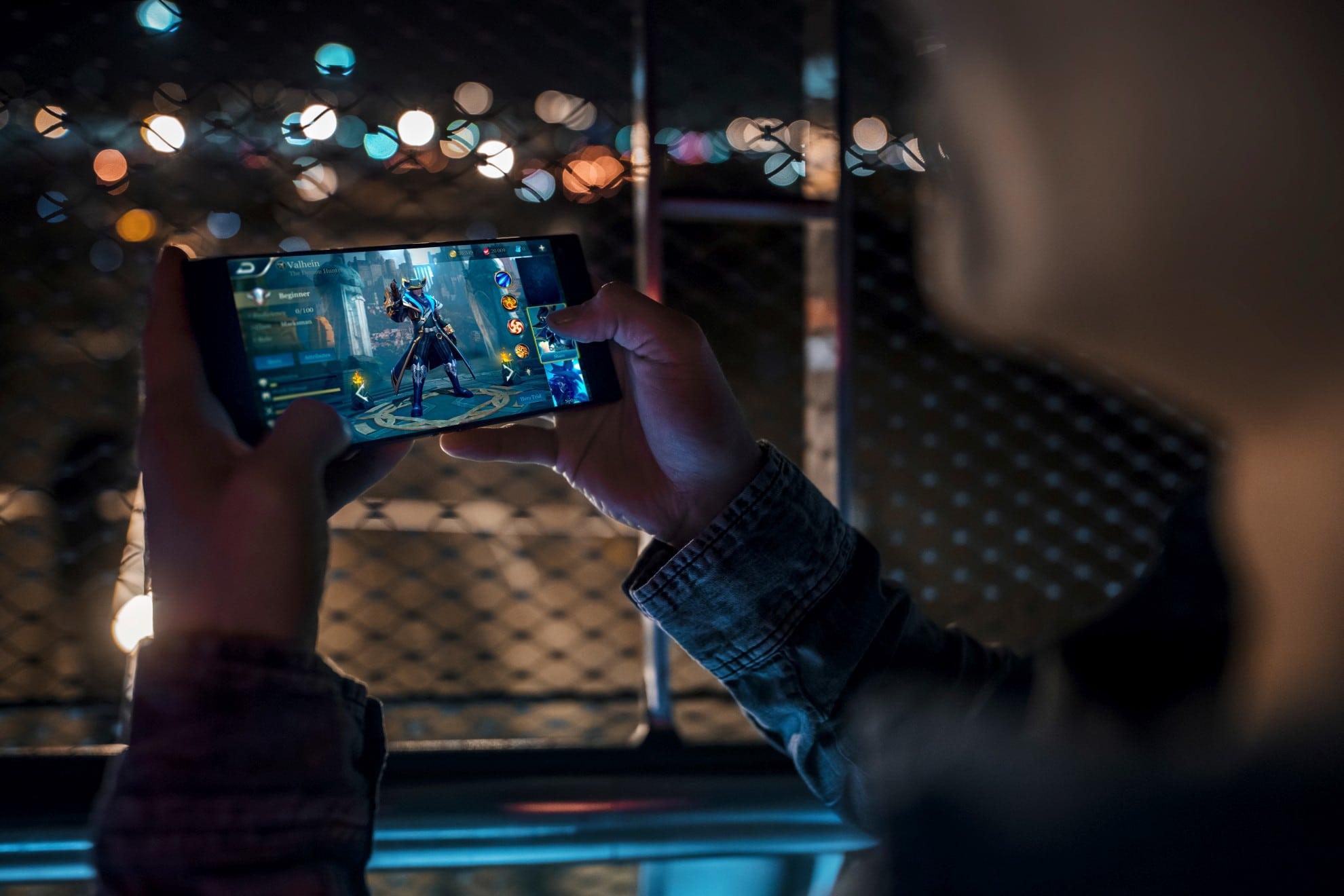 Klobiges Gaming-Smartphone. (Foto: Razer)