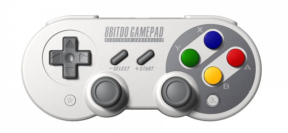 Vielseitig und für Retro-Gamer ein schönes Geschenk: Der SF30 Pro Controller von 8Bitdo. (Foto: 8Bitdo)