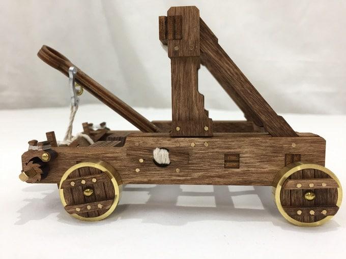 Katapult Selber Bauen : catapult kits baut euch einen katapult ~ Yasmunasinghe.com Haus und Dekorationen