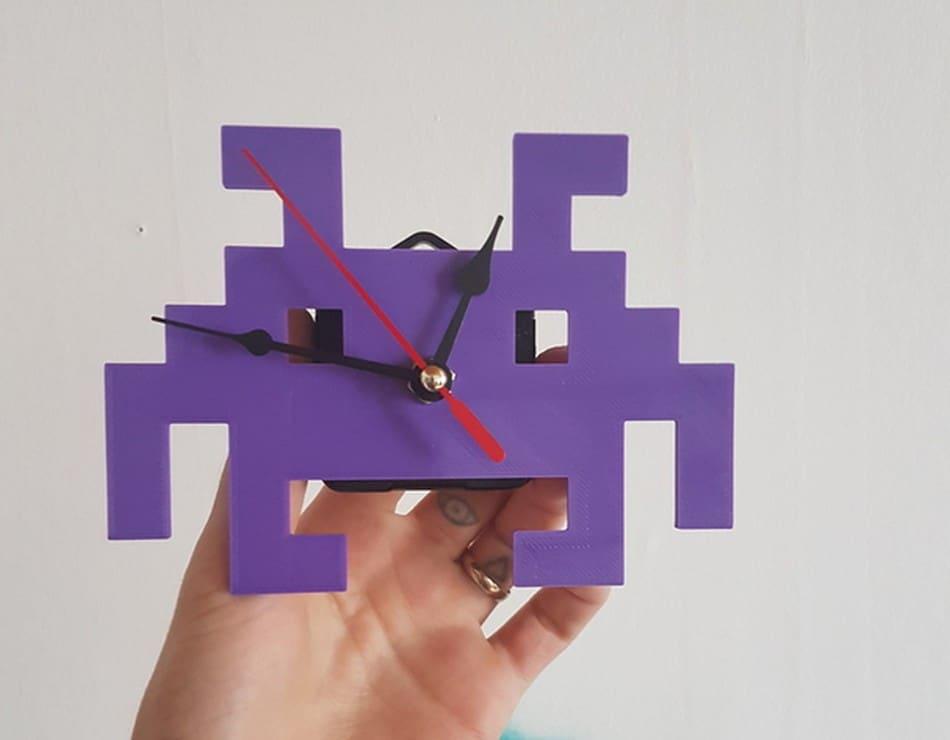 Space Invaders Clock: Druckt euch eine Retro-Uhr