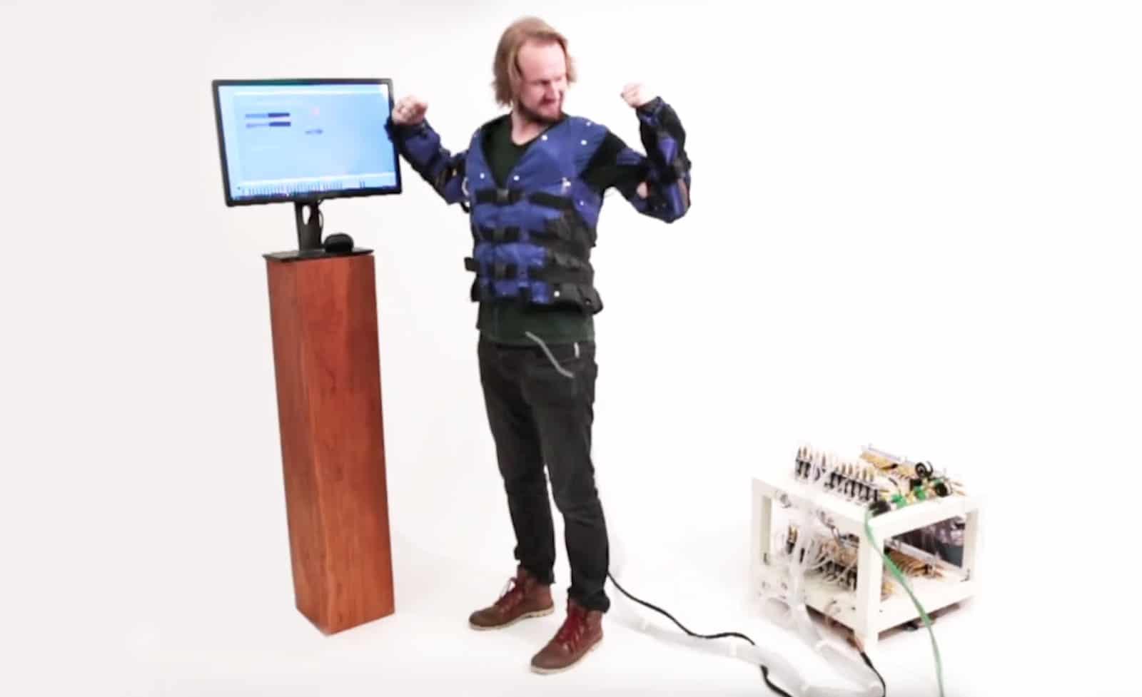 Force Jacket: Mit dieser Jacke spürt ihr virtuelle Welten