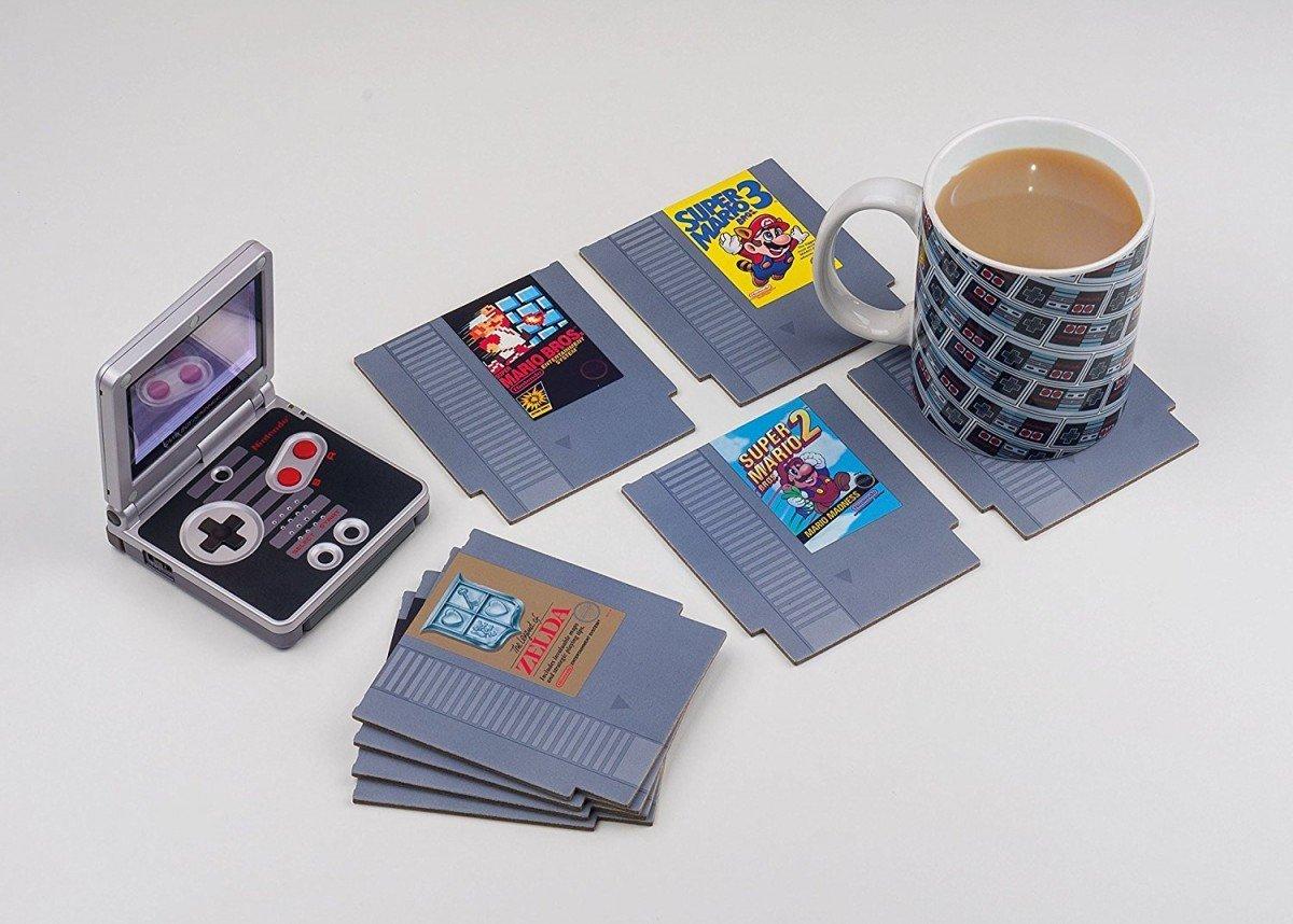 Sehen diese NES Bierdeckel nicht gut aus? (Foto: Paladone)