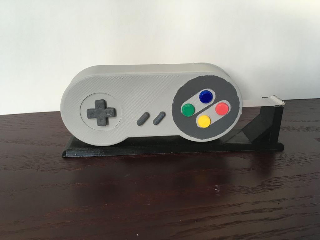 SNES Klebeband-Abroller: Nerd-Spaß aus dem 3D-Drucker