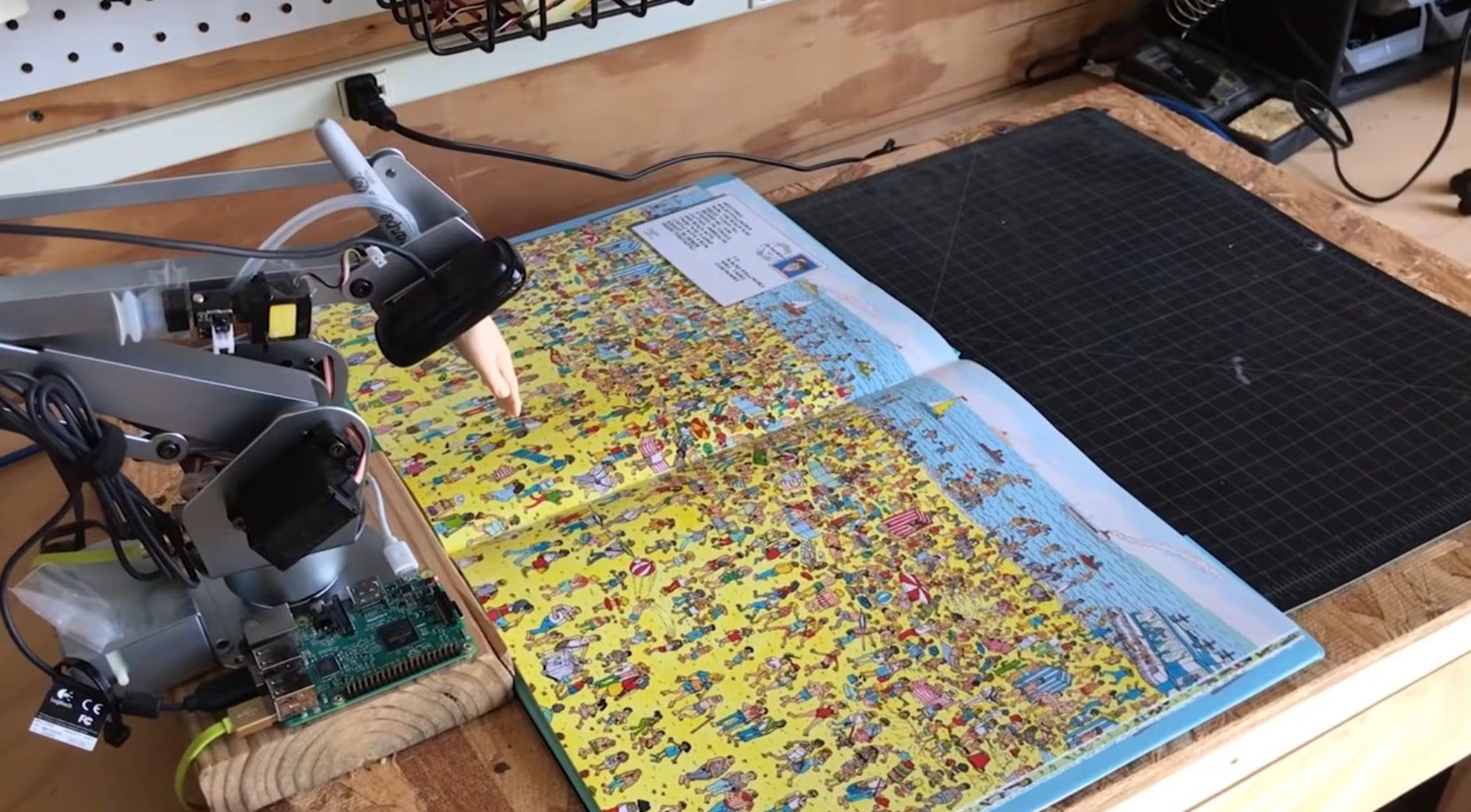 Der Roboter-Arm übernimmt die Suche. (Foto: redpepper / Screenshot)