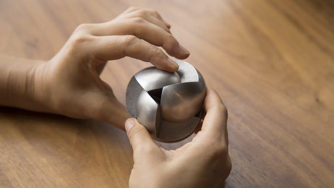 The Venn Puzzle: Mechanisches Kugel-Rätsel