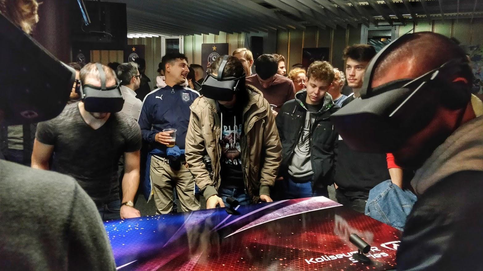 VR wird zum Gemeinschafts-Erlebnis. (Foto: Kynoa)