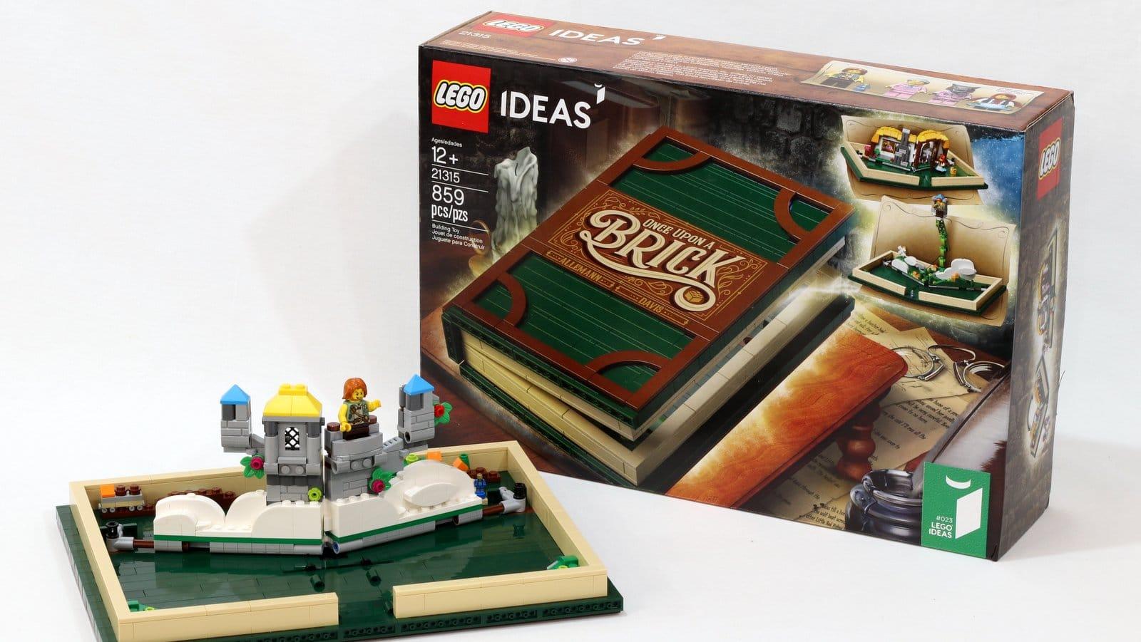 Ein Buch aus LEGO. (Foto: LEGO)