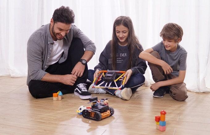 Qdee Robot Kit: Cleverer Robotik-Baukasten für Kids