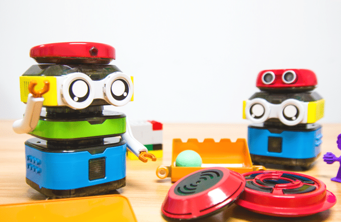 TacoBot: Dieser Stapelroboter bringt euch das Coden bei