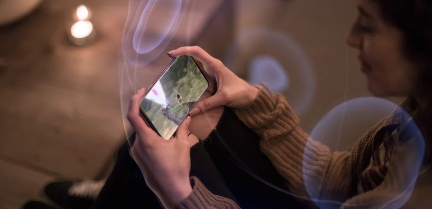 Spielen und Streamen - mit dem Galaxy S9. (Foto: Samsung)