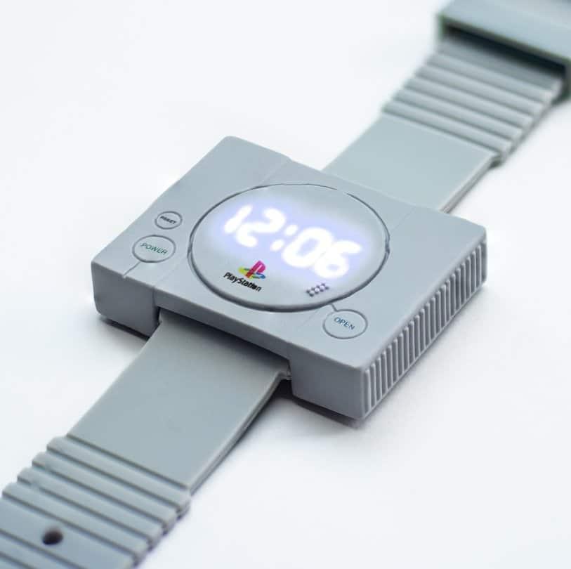 PlayStation Loading Times Watch: Konsole als Armbanduhr
