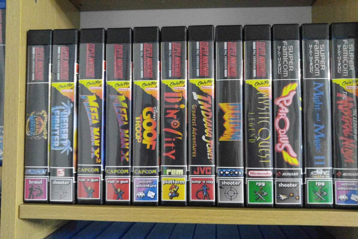 Neue Hüllen für alte Spielmodule vom SNES und N64. (Foto: Marek Schmidt)
