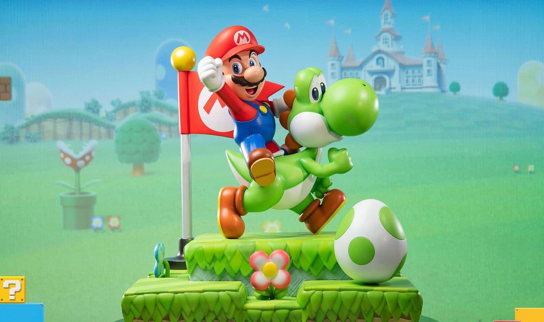 Super Mario Bros.: Reitender Mario auf ultimative Sammlerfigur