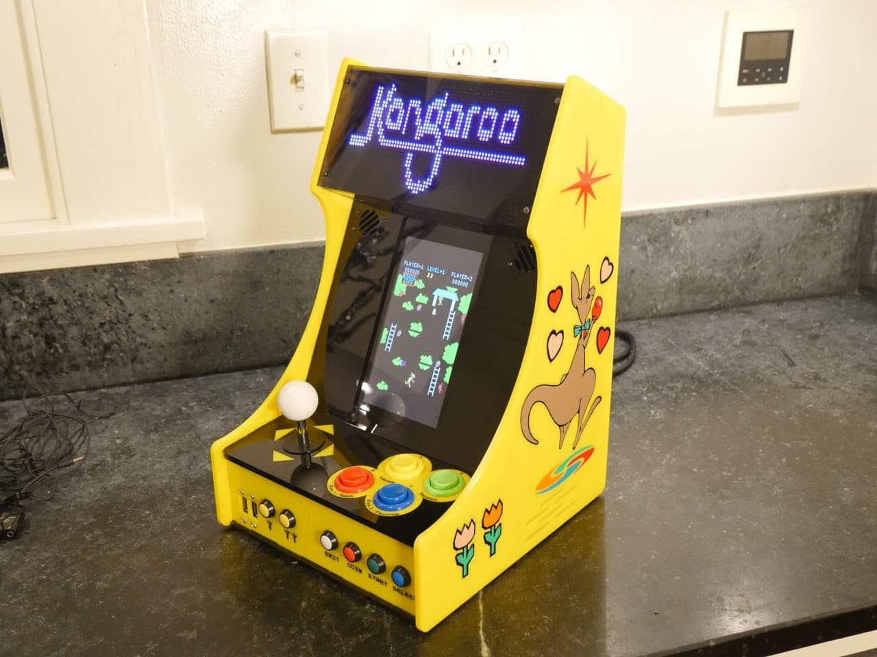 DIY Bartop Arcade: Dieser Automat besitzt ein Pixel-Display