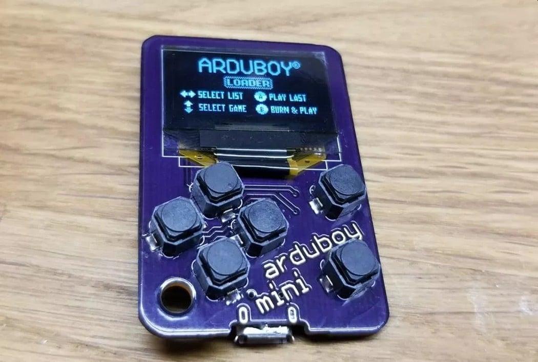 Arduboy Mini: Die vermutlich kleinste Handheld-Konsole der Welt