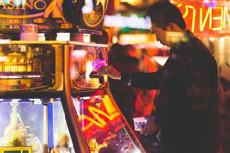 Bleibt doch zu Hause: So gestaltet ihr eure Casino-Party daheim