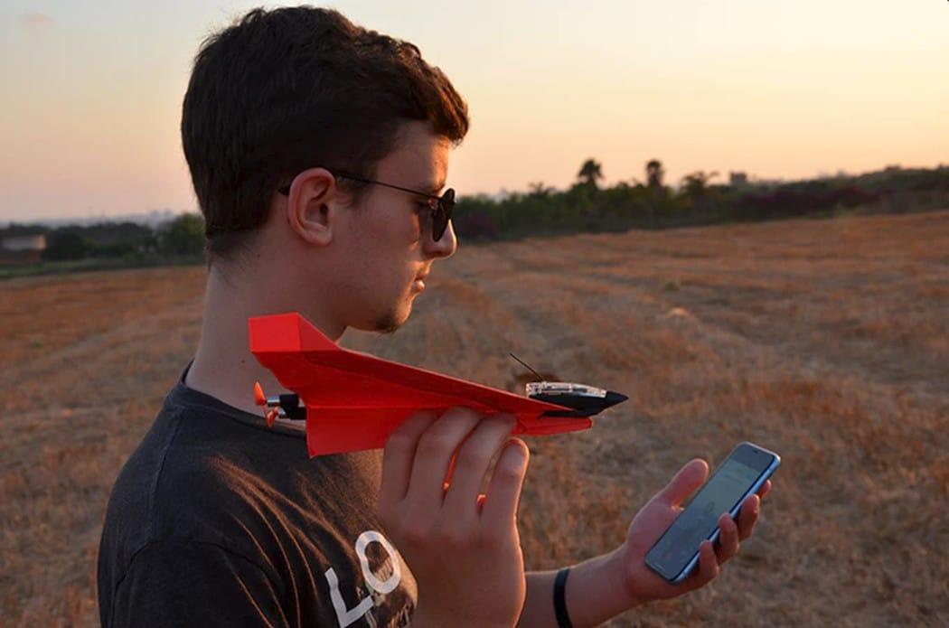 Das ist nicht nur ein Papierflieger! (Foto: PowerUp Toys)
