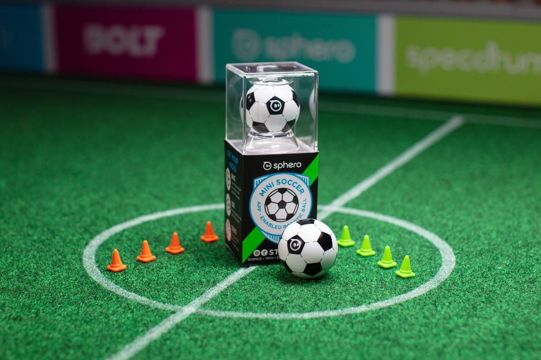 Ein kleiner Fußball, der was kann. (Foto: Sphero / Orbotix)