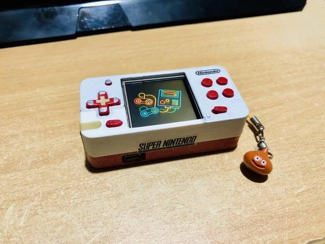 Mini SNES Pi Zero Nano: Winzige Konsole als Schlüsselanhänger