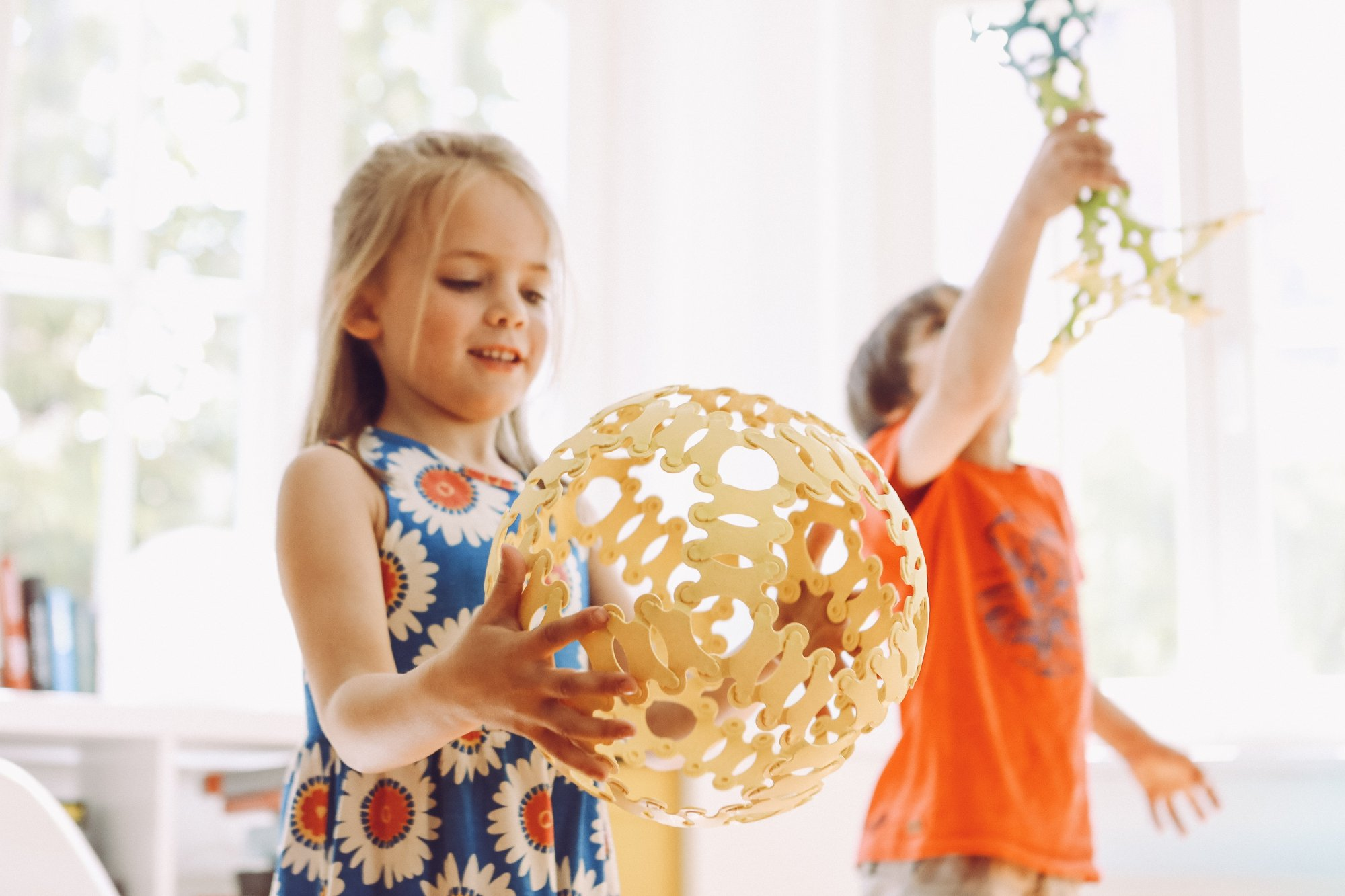 Spaß mit kreativen und nachhaltigen Spielzeugen. (Foto: TicToys)