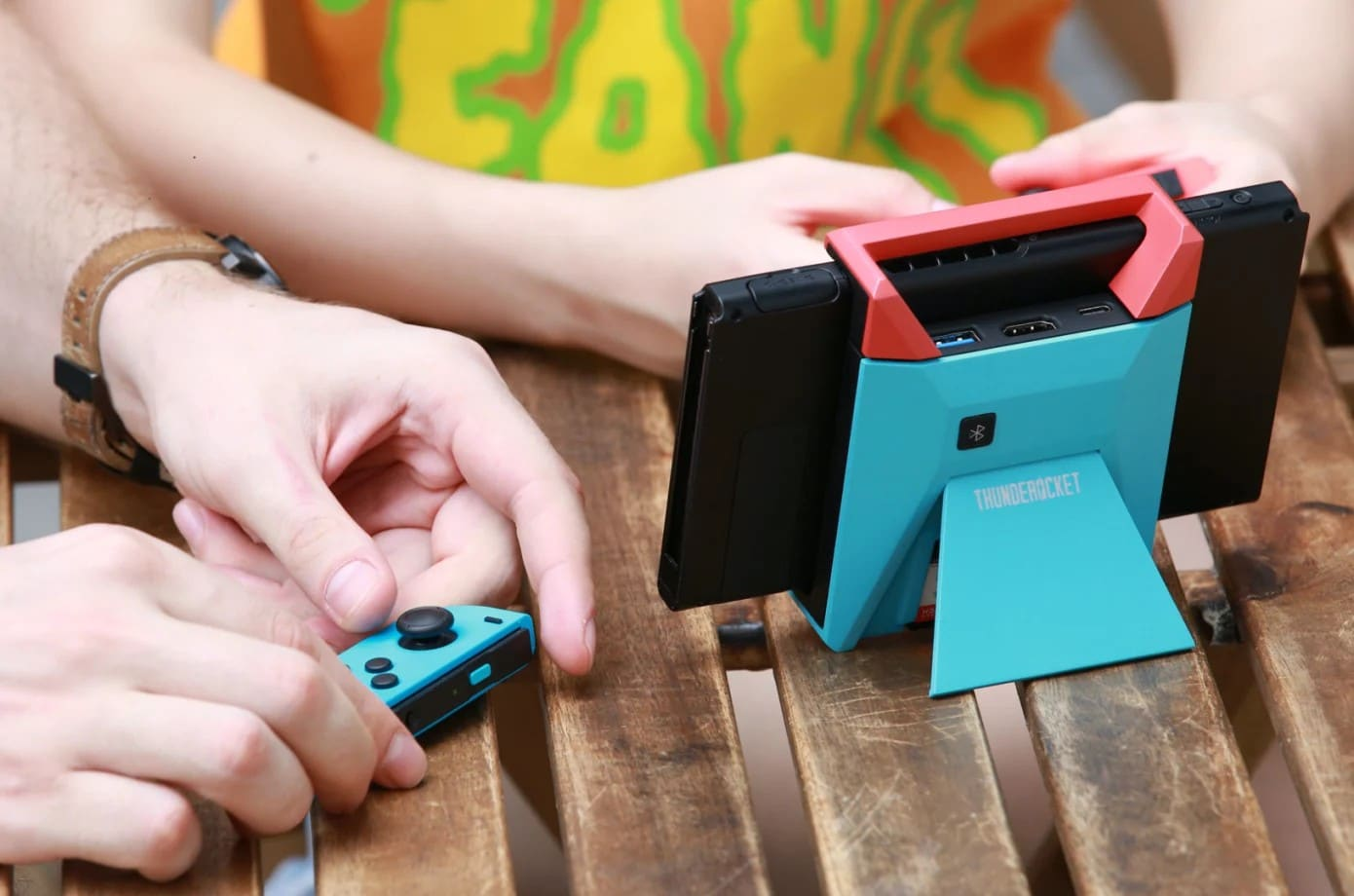 Der Switchblade Hub bietet einiges für die Nintendo Switch. (Foto: Indiegogo)