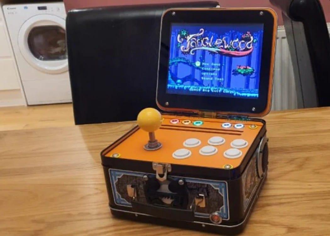 Lunchbox Arcade: Spielkonsole in einer Brotdose